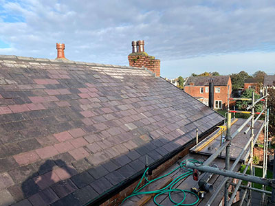 reliable warrington roofer at work