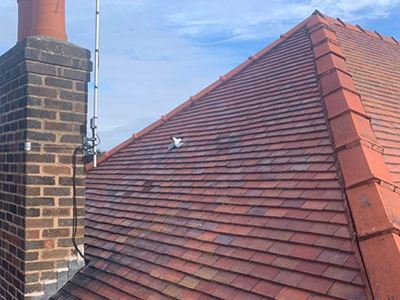 new old english tiled roof in southport